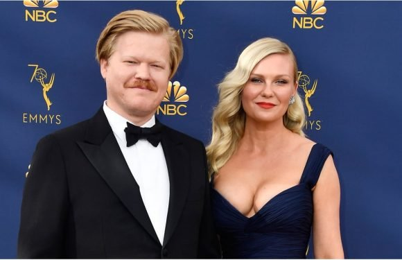 "Kirsten Dunst and Jesse Plemons Have That ""Hell Yes, We Got a Babysitter"" Look at the Emmys"