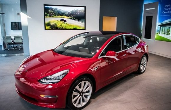 Tesla to hand-deliver Model 3s in bid to meet delivery goals