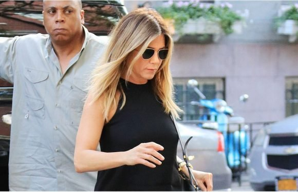 The 9 Style Rules Jennifer Aniston Follows to the Letter
