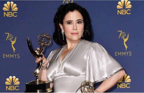So, Alex Borstein Rewore Her Wedding Dress to the Emmys, and I Love Her Even More Now
