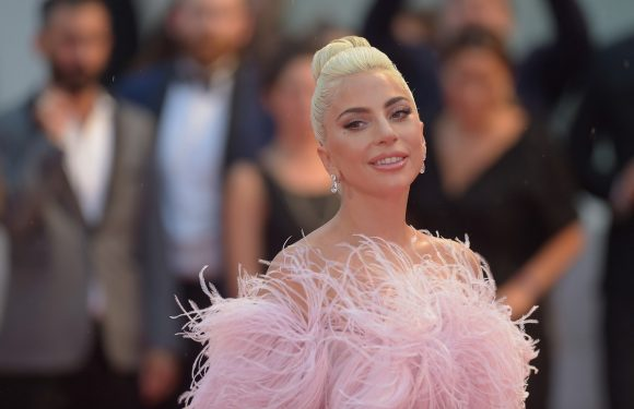 You Seriously Won't Even Recognize Lady Gaga On The Cover Of 'Vogue'
