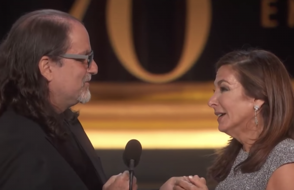 Glenn Weiss proposal at the Emmys: Watch director pop the question live on stage