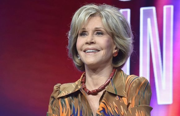 Jane Fonda Admits She Loves Porn, Is Not A Fan Of 'Fifty Shades' Book Series