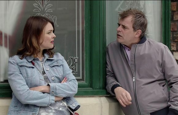 Coronation Street Spoilers: Steve McDonald cheats on Tracy Barlow after she offers him a 'free pass' before their wedding