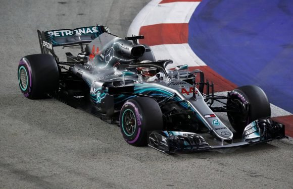 Lewis Hamilton storms to Singapore Grand Prix pole as Sebastian Vettel has to settle for third