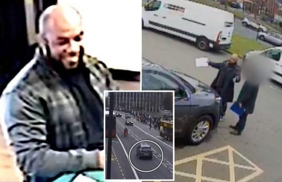 Westminster terrorist Khalid Masood seen laughing as he checks into hotel and carries out 'dry runs' days before attack