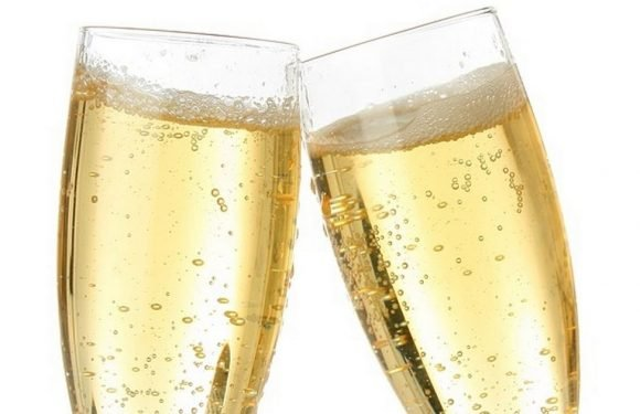 Aldi launches 'hangover free' prosecco for unbelievably low price