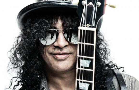 Review: Slash Reminds Us of His Glory Days on 'Living the Dream'