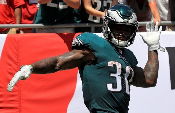 Fantasy running back scramble presents one awesome option