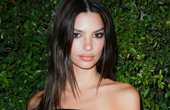 Emily Ratajkowski Bares Her Abs And Hips In White Two Piece Outfit In Milan