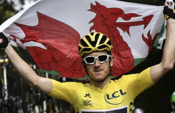 Tour champion Geraint Thomas signs new deal with Team Sky