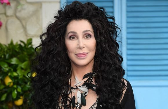 Cher wore 'five pounds of makeup' to look younger for 'Mamma Mia 2'