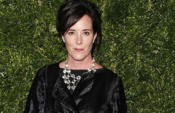 Kate Spade show pays tribute to late designer