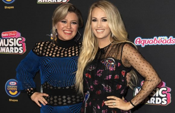 Kelly Clarkson praises Carrie Underwood for opening up about miscarriages