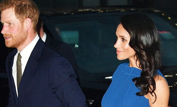 Meghan Markle Sparks Pregnancy Rumors As Fans Are Convinced Dress Hides Baby Bump