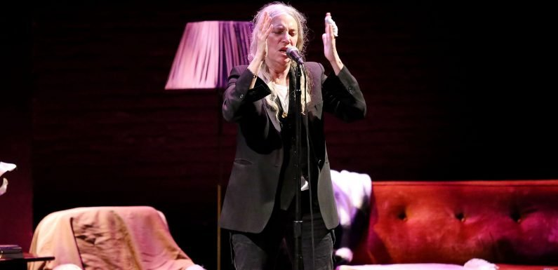 Patti Smith Delivers 'Night of the Naked Mind' During Intimate Off-Broadway Performance