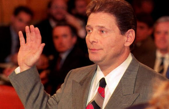 'Sammy the Bull' Gravano trying to free fellow alleged mobsters
