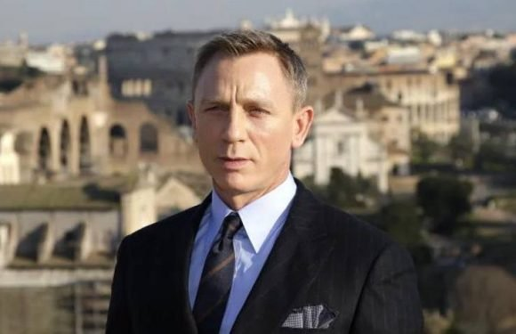 Daniel Craig to Star in Rian Johnson's Murder Mystery 'Knives Out'