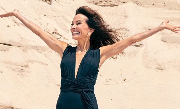 Susan Lucci, 71, Shows Off Toned Legs & Fit Body Wearing Low-Cut Swimsuit In New Mag Spread