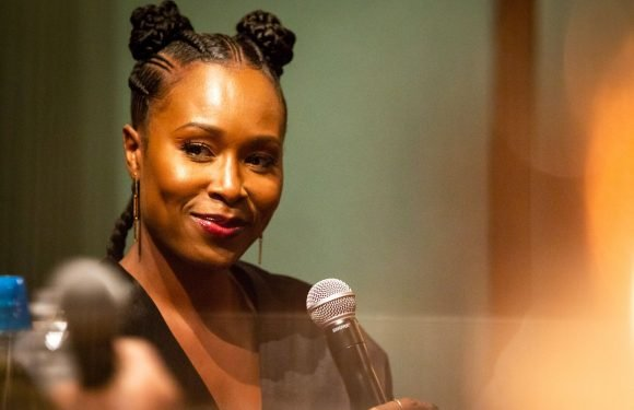 'Glow' Star Sydelle Noel Details Unusual Road to Emmy-Nominated Series