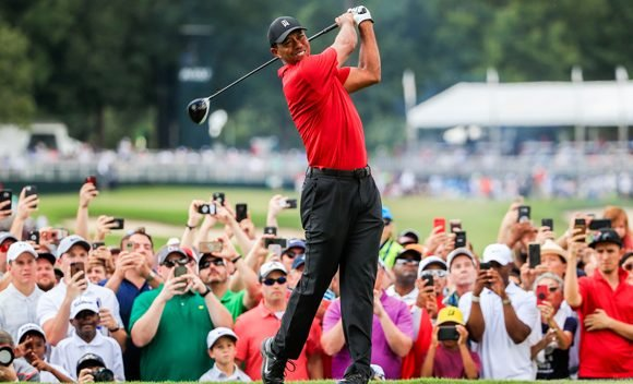 Tiger Woods Wins Tour Championship, His First Title In 5 Years & Fans Go Wild With Tweets