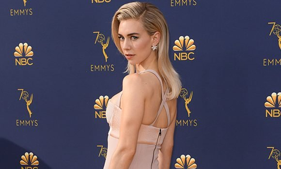 Vanessa Kirby Shows Off Her Amazing Figure In Sexy Pink Dress At Emmys