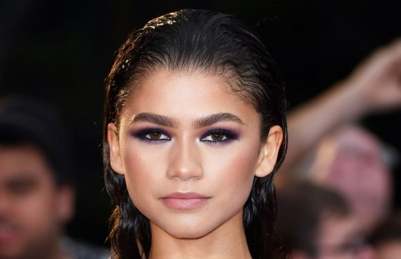 Oh, Of Course Zendaya Did Her Own Hair and Makeup for the 'GQ' Awards