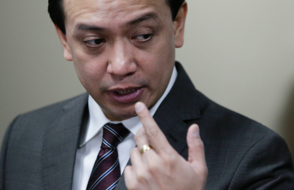 Philippine lawyers alarmed by Duterte moves to jail senator