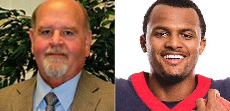 Texas superintendent apologizes for comment on NFL star Deshaun Watson