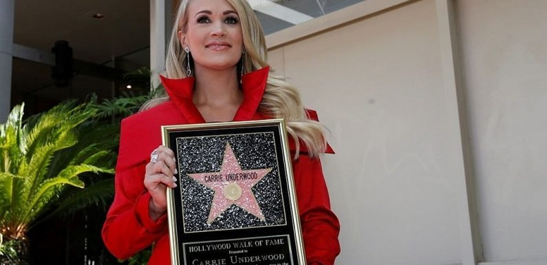 Carrie Underwood breaks down in tears while receiving star on Hollywood Walk of Fame