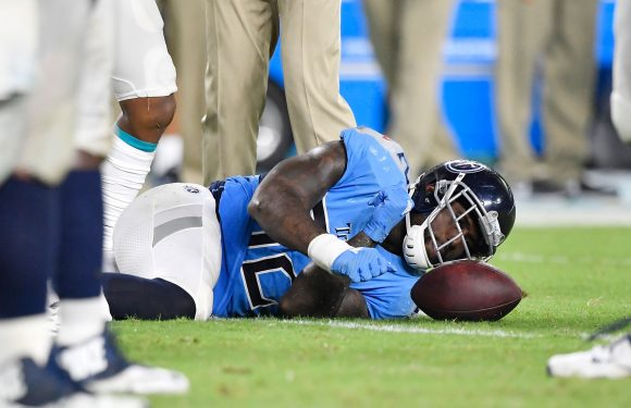 Titans place Delanie Walker on injured reserve with ankle injury