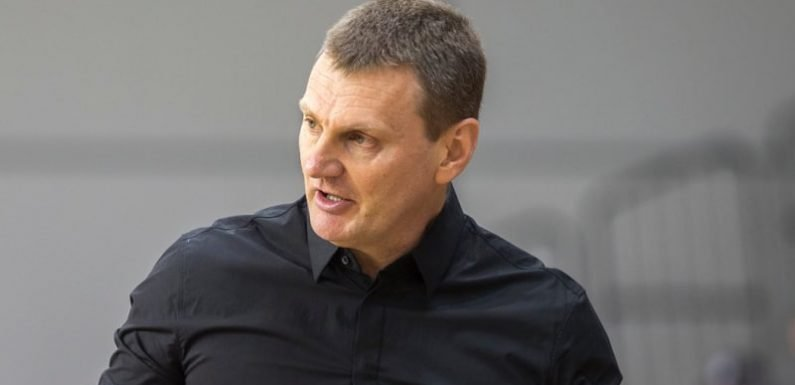 Melbourne Boomers re-sign coach, Bendigo import injured