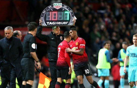 Rashford uses Liverpool star as example to Mourinho on developing young players