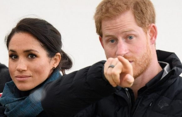 Why pregnant Meghan was seated behind men during Maori welcome