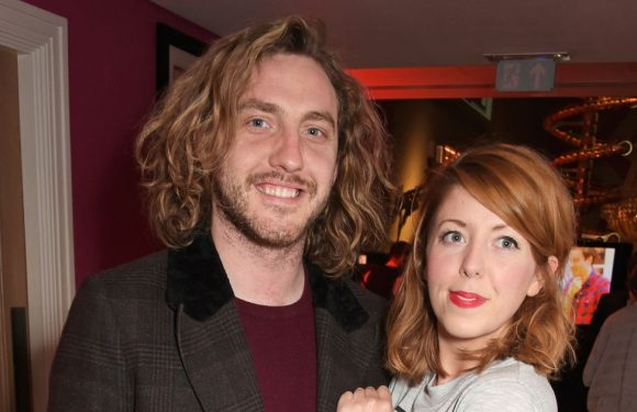 Seann Walsh's girlfriend makes feelings clear after his apology for Katya snog