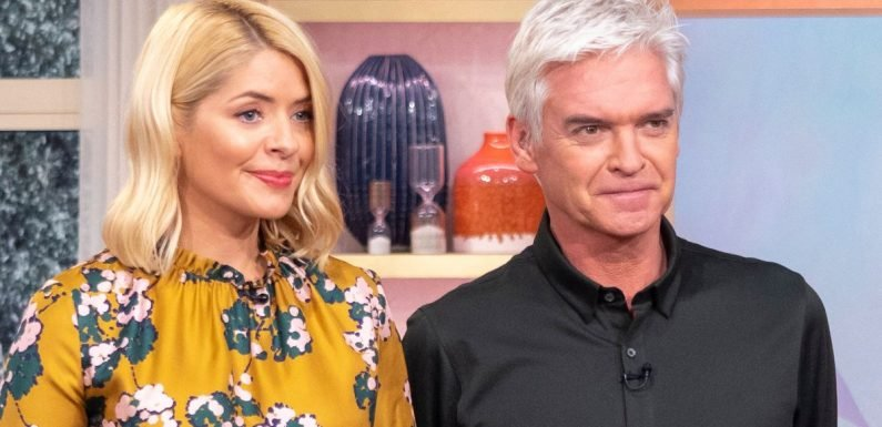 Holly Willoughby's This Morning replacement 'revealed'- and it's a familiar face