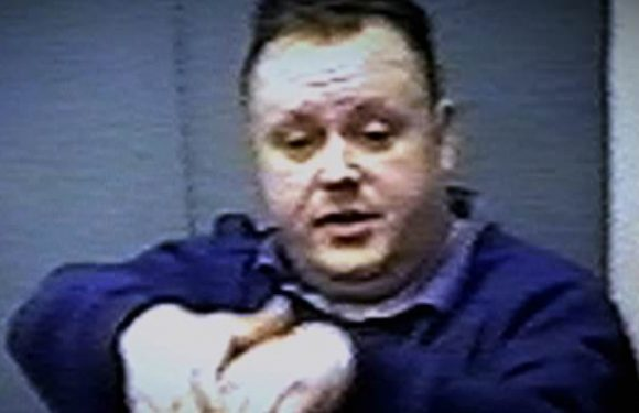 Body language experts reveal how Levi Bellfield lied in interviews
