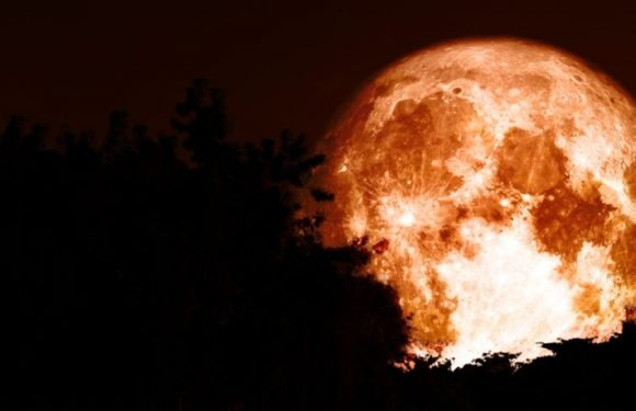 'Hunter's Moon' Rises Tonight — Here's How The Full Moon Of October Got Its Name