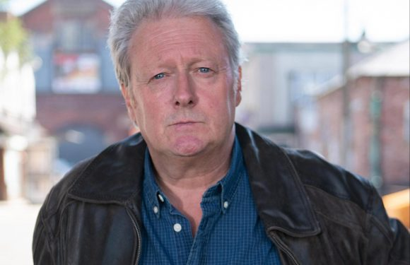 Coronation Street star Charles Lawson suffered 'disturbing' stroke while performing in Edinburgh