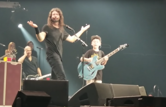 See Foo Fighters Cover Metallica's 'Enter Sandman' With 10-Year-Old Fan