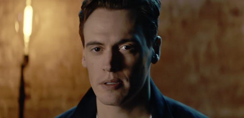Erich Bergen Drops Music Video for 'Running Through the Night'