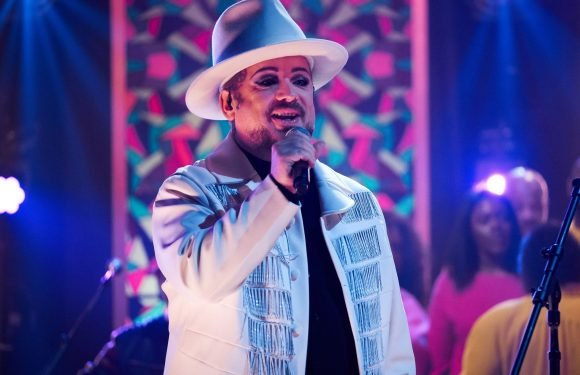 Watch Boy George, Culture Club Play Candlelit, Gospel-Tinged 'Life' on 'Corden'