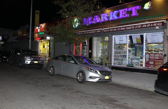 Bodega owner blows robber away during stick up in the Bronx