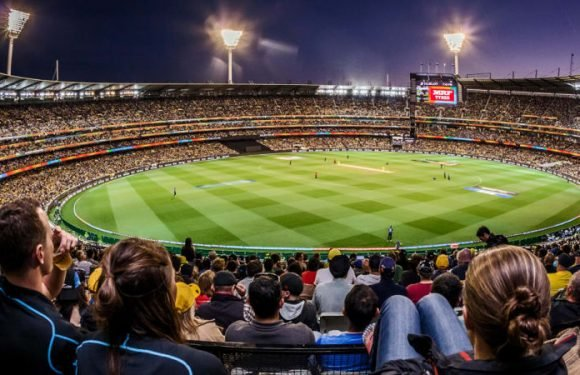 Never say never to day-night MCG Test: Roberts