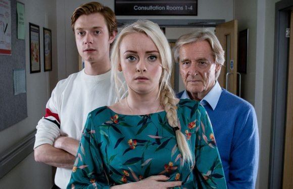 Coronation Street announces special Barlows episode featuring just four regular characters