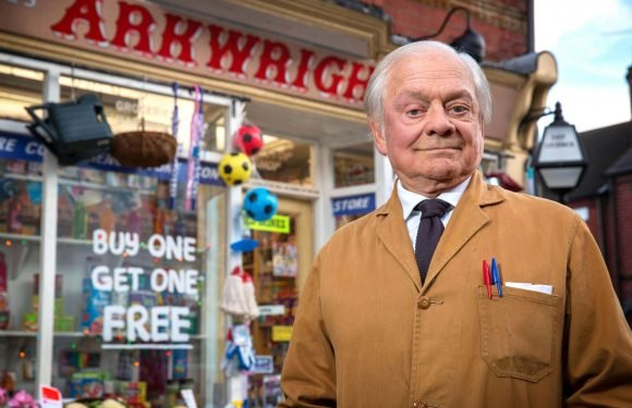When does Still Open All Hours series five start on BBC One, who is in the cast with Sir David Jason and what's it about?