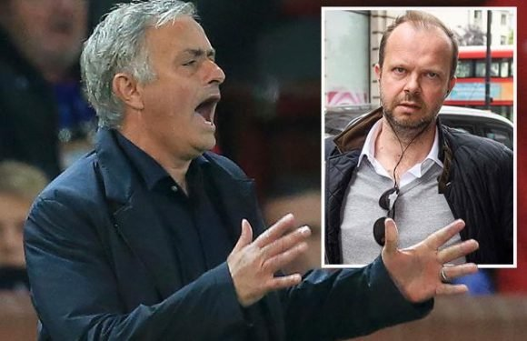 Jose Mourinho says he's not solely to blame for Manchester United's terrible start to the season