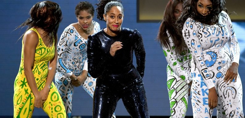 Tracee Ellis Ross Opens 2018 AMAs with Spirited Dance Medley: 'J.Lo, I Don't Know How You Do That'
