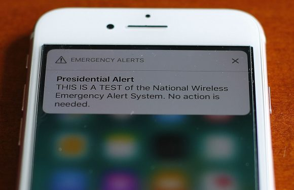 Sports world had jokes for 'Presidential Alert'