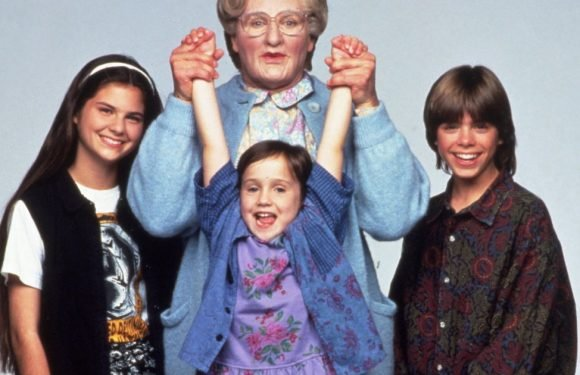 Robin Williams' Mrs Doubtfire child co-stars say he was like a father to them